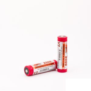Button top battery with capacity of 2000mAh and 15A rating.